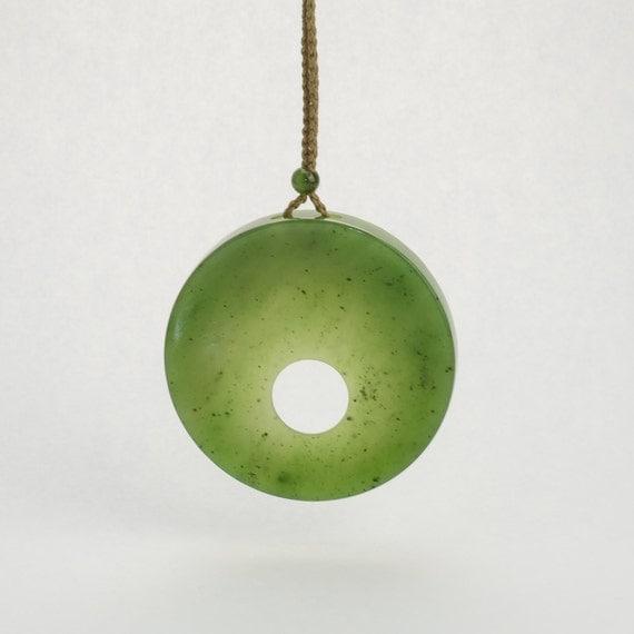 canadian jade circle pendant 1975 by jademinecanada on etsy