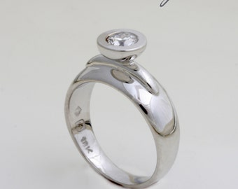 Diamond and 18 ct. White Gold handmade Engagement Ring set with 0.25 ct. Brilliant cut Diamond