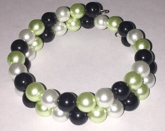 Memory Wire Bracelet with green, black and white glass pearls