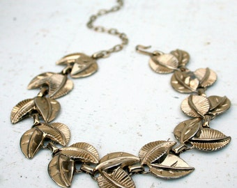 Coro Leaf Choker/Necklace