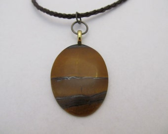 Brown Stone Pendant Necklace