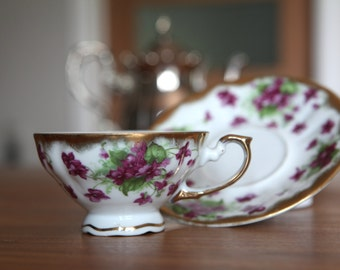 Footed Tea Cup & Saucer Shafford Handpainted Delicate Pink Flowers Gold Edging