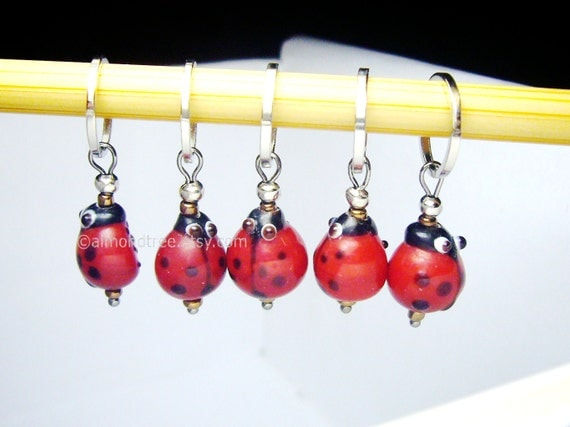Knitting Supplies Singapore : Cute red ladybug knitting accessories stitch markers snag
