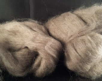 Yak combed top roving 100% to spin Light Brown luxury fiber 1 oz