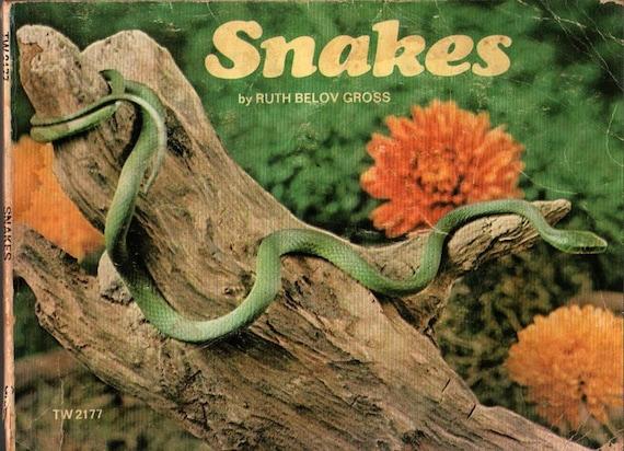 Snakes - Ruth Belov Gross - 1975 - Vintage Kids Book