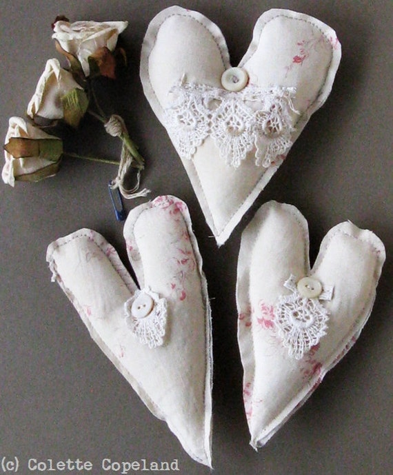 Textile art, hearts, set of 3 hearts, vintage French fabric, shabby beautiful, Valentine
