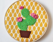 Embroidery hoop green cactus with pink flowers felt appliqué home decor yellow plant succulent spring wall decor wall hanging art