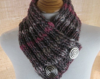 Plum Purple Chunky Knit Button Scarflette