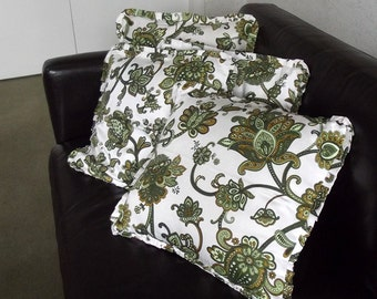 Pair of Funky 60s Floral Vintage Pillow Slips - Cushion Covers - Green and Gold Flowers on a White Background