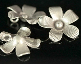 4KH-043 thai karen hill tribe silver 2 flower charm