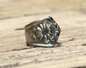 Spoon Ring Size 7 Gloria Pattern