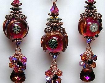 VoLCaNiC PiNK Handcrafted Lamwpork Art Glass Earrings, Pendant and Bracelet Set by GLiTTeRBuG oRiGiNaLS SRAJD