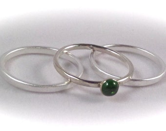 6mm Chrome Diopside Cab Ring with 2 Sterling Hammered Bands - Total of 3 STACKING Rings - Size 7