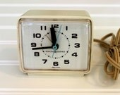 Vintage GE Alarm Clock - Early 70s General Electric Plug In Clock