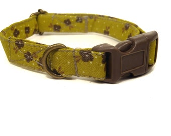 Larissa - Organic Cotton CAT Collar Green and Brown Floral Flowers Breakaway Safety - All Antique Brass Hardware