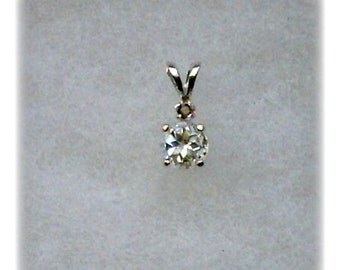 6mm White Topaz Gemstone and 2mm Champagne Diamond Accent in 925 Sterling Silver Pendant