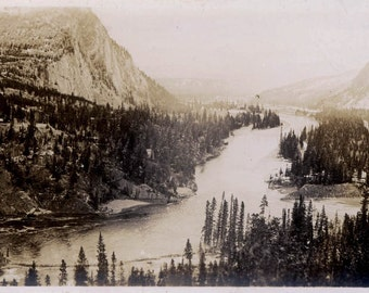 vintage photo FRaser River in Canadian Rockies Scenic BC British columbia Canada 1913