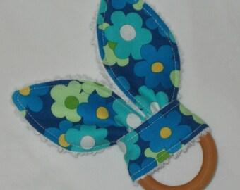 Blue Daisy Mae Flowers Rabbit Ears Wooden Teething Ring - SALE