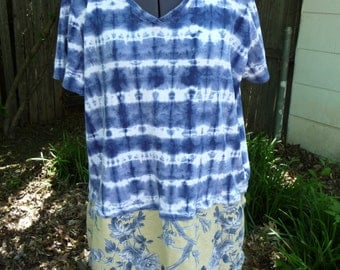 Upcycled Tunic, Plus Size 2X Tunic, Boho Shirt, Altered Clothing, Tie Dye Print, Recycled Clothing, Unique Clothing, Handmade, Shabby Boho