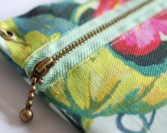 Large wristlet purse, clutch bag with zipper and silk-lining, TROPICAL BIRDS