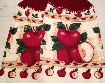 Apples Print Pot Holders set of 2
