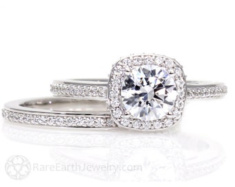 18K Moissanite Wedding Set Engagement Ring Wedding Band Cathedral Diamond Halo Conflict Free Diamond Alternative Custom Bridal Jewelry