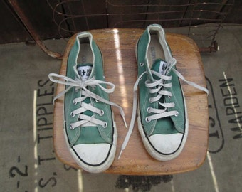 US made Vintage Sage GREEN Converse sneakers 80s Faded Low Tops  size 4