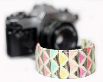 Arrow Wrist strap for DSLR Cameras - Broken Arrow