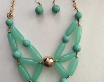 Green mint sea life GYPSY CHUNKY  tube boho spring easter acrylic beaded necklace & earring set