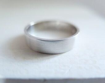 White Gold Wedding Band. 18kt White Gold, 5mm, Engagement ring, Wedding band, Satin finish, wedding ring, white gold band. Made to Order.