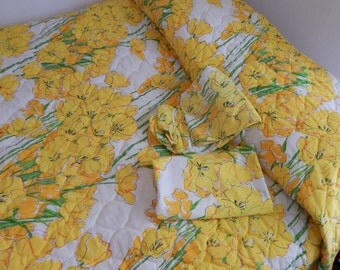 Vintage Vera Neumann Twin Sized Bedspread, 2 Pillow Cases, Flat Sheet, Fitted Sheet Set / Yellow and Orange Flowers