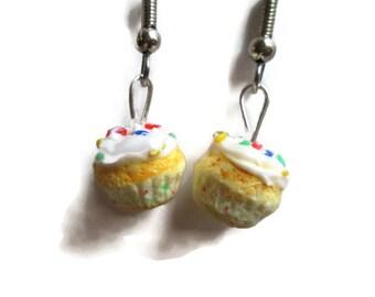 Confetti Cupcake Earrings, Rainbow Sprinkles, Polymer clay Food Jewelry