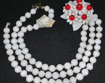 Vintage Unique Glass Bead Bracelet Flower Clasp Loose Strand Needs TLC