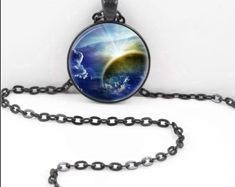 Celestial Moon Necklace, Full Moon Pendant, Full Moon Pagan Wiccan Gypsy Jewelry Halloween  Moon16