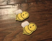 SALE Set of 2 Bumble Bee Embroidered Felt Appliqués Felties