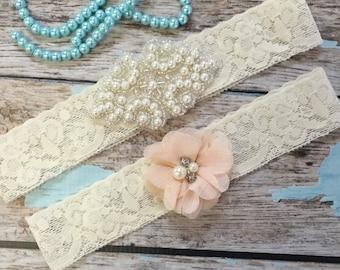 Wedding garter / Lace garter SET / bridal  garter / vintage lace garter / toss garter / wedding garter / pearl garter / champagne