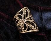 Ear Cuff Soft Whispers - Brass Filigree Ear Cuff, Steampunk Jewelry, Brass Earcuff, No Piercing, Cartilage Earring, Brass Ear Cuff