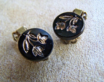 Vintage Jewelry West German Pressed Glass Clip on Earrings Jet Black with Carved Gold Floral Motif 1940s Fashion Jewelry