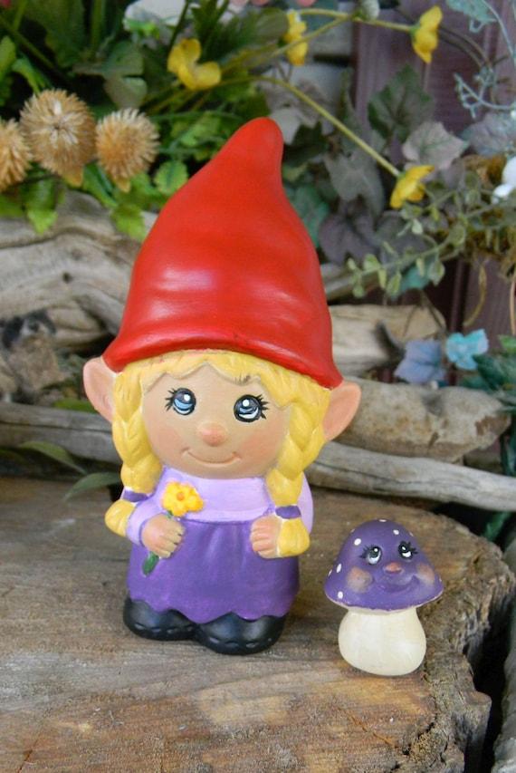 Female Garden Gnomes: Garden Gnome Ceramic Girl Lady Miss Gnomer Lawn Garden Or