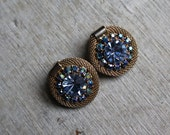 vintage 1940s earrings / 40s weiss rhinestone earrings / gold mesh and blue aura borealis rhinestone / 40s gram button earrings / clip ons