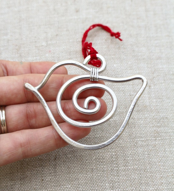 Ornament. Silver. Aluminum. Bird.