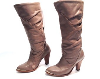 Vintage Boots Taupe Boots Dingo Boots Slouchy Boots Heeled Boots Womens Boots Size 5 Leather Boots Cowgirl Boots High Heel Boots Pointed Toe