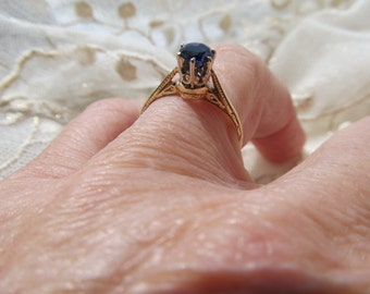 Danusharose Vintage .61 carat Violet Blue Iolite Like Synthetic Sapphire Etched WhiteRose 14K Gold Ring Size 6.25