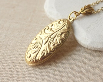 Brass Locket Long chain gold locket Pendant necklace keepsake gift for bridesmaid acanthus leaf locket long chain locket French jewelry N96