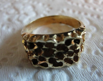 Vintage 14k  yellow  gold filligree ring