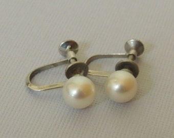 1950s Cultured Pearl and Sterling Silver Screw Back Earrings