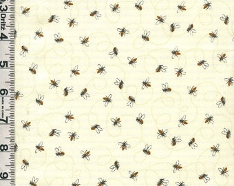 Fabric Timeless Fleur Bumblebees BEES ON cream  C3465