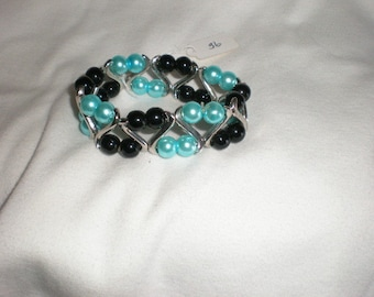 New Turquoise & Black Charming Beads Stretch Faux Pearls Bracelet