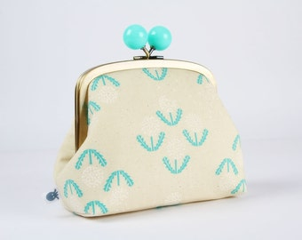 Clutch purse with metal frame - Puff in teal - Color bobble purse / Cotton and Steel / Dandelion / off white green / Rashida Coleman Hale