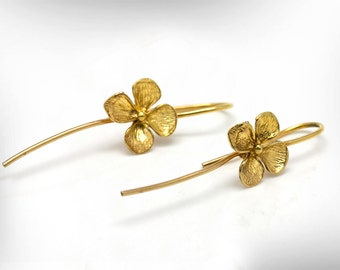 Trending Earrings - Dangle Earrings - Gold Earrings - Flowers Earrings - Free Shipping